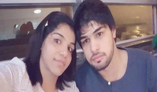 India Tv - Sakshi Malik gets engaged with beau Satyawart Kadian