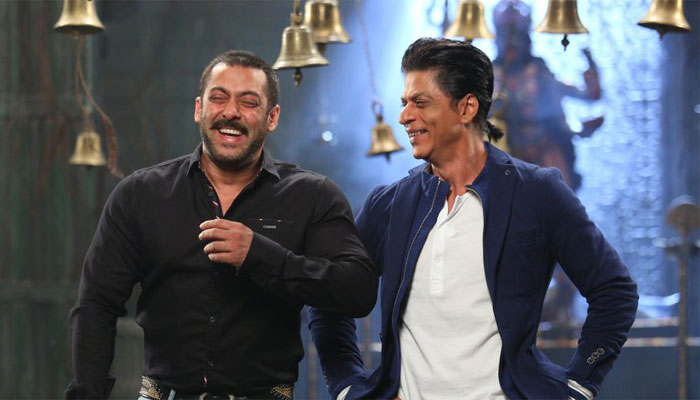 Salman Khan gives a SPECIAL gift to his Tubelight co-star Zhu Zhu
