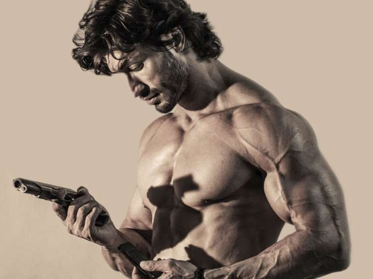 India TV - Vidyut, commando 2