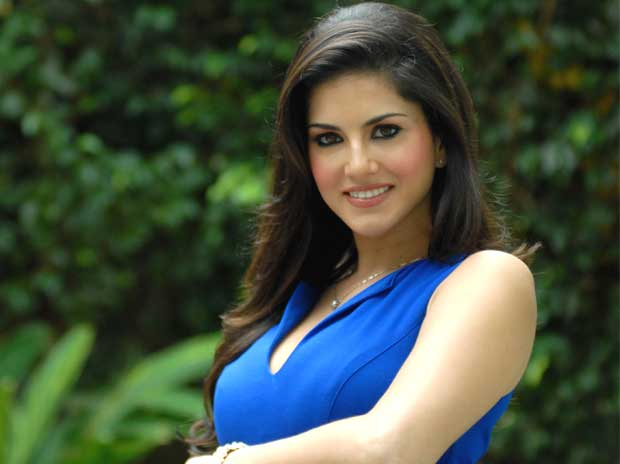 This is how Sunny Leone reacted to RGV's nasty tweet poking fun at her
