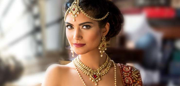 India TV - 5 trendy accessories every Desi Indian Bride must