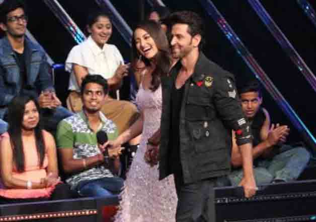 India Tv - Hrithik, Sonakshi