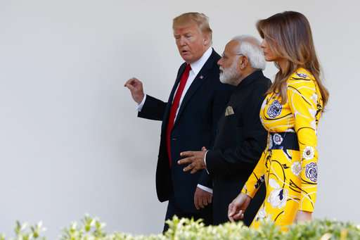 India TV - Melania Trump, Donald Trump, Narendra Modi