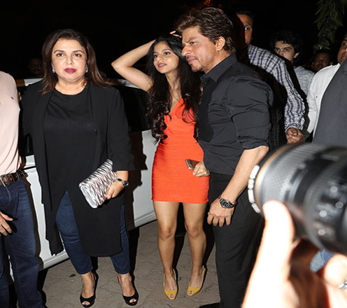India Tv - SRK and Suhana posing at an event