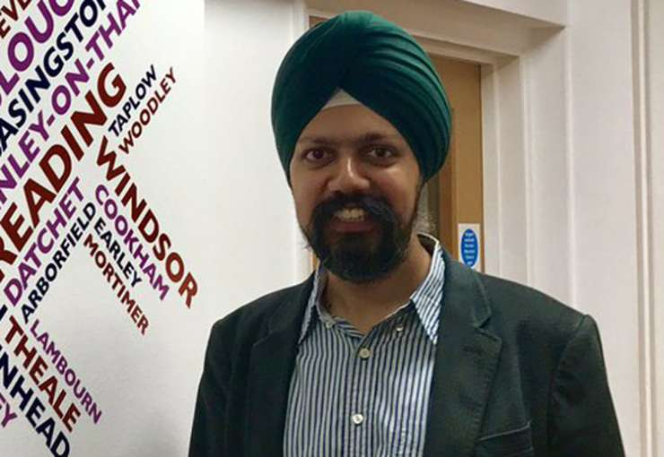 India TV - Britain gets first turbaned MPs