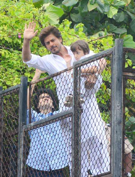 India Tv - SRK and AbRam