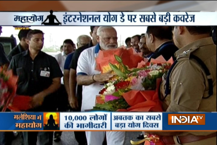 PM Modi arrives at International Yoga Day celebrations in Lucknow