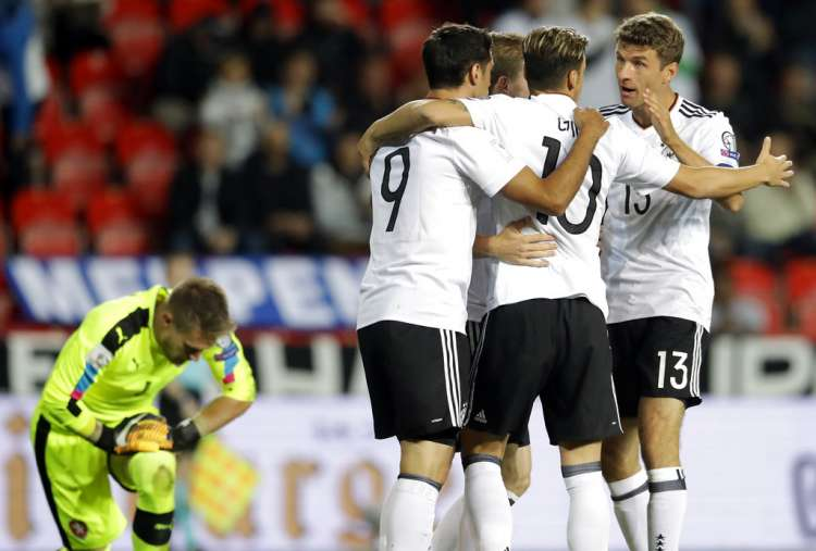 Germany Net Late Winner In WC Qualifier
