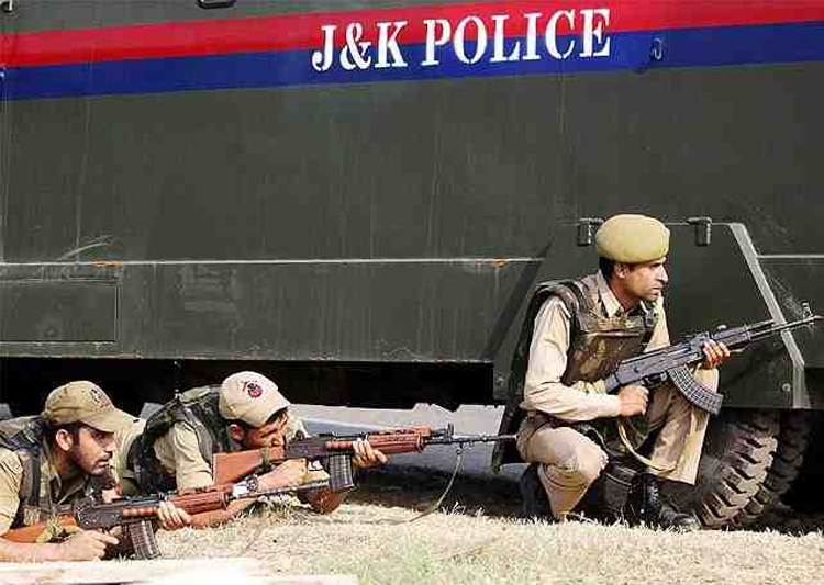 J&K police to get bullet-proof vehicles, says Rajnath Singh