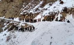 Army jawans stuck under snow after Avalanche hits part of Siachen Glacier