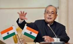 Pranab Mukherjee hails EC