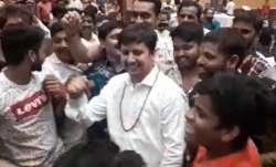 Nayak nahi, khalnayak hun main: Akash Vijayvargiya grooves