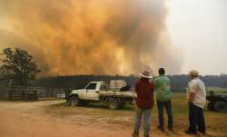 'We've got another tough day': Fire official on Australia bushfires rage