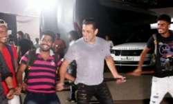 Salman Khan's crazy dance on Munna Badnaam Hua with paparazzi is unmissable. Watch video