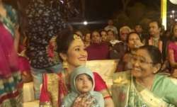 Taarak Mehta Ka Ooltah Chashmah fame Disha Vakani spotted with daughter Stuti