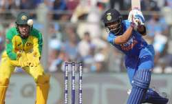 Live Score India vs Australia, 2nd ODI: Pandey replaces Pant as India bat first