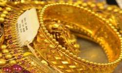 Gold prices today falls to Rs 51,672 per 10 gram, silver slumps below Rs 66,000 mark