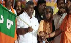 Jitendra Tiwari joins BJP