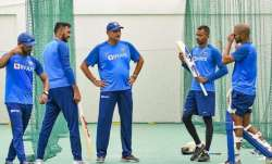 Hardik Pandya and Shikhar Dhawan (both on left) along with