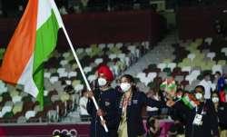 India's flagbearers at Tokyo Olympics -- Mary Kom and Manpreet Singh