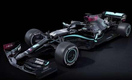 Mercedes unveilblack-liveried cars