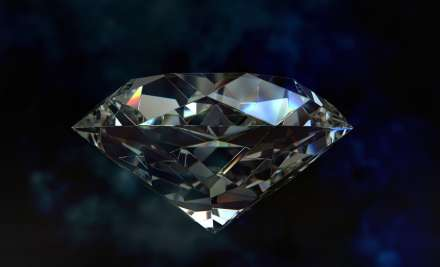 MP Labourer becomes rich, finds 3 diamonds
