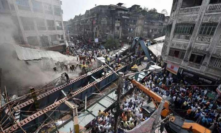 Aerial view of rescue operations at the Kolkata flyover