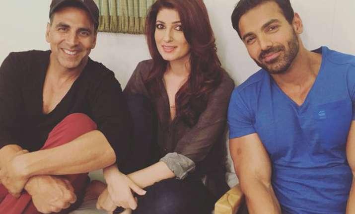 Akshay Kumar, Twinkle Khanna and John Abraham