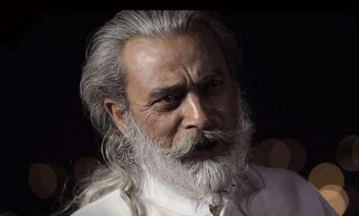 Granndfather refuses to celebrate Holi