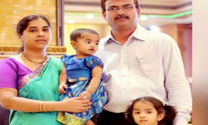 A mother allegedly killed her two minor daughter slitting