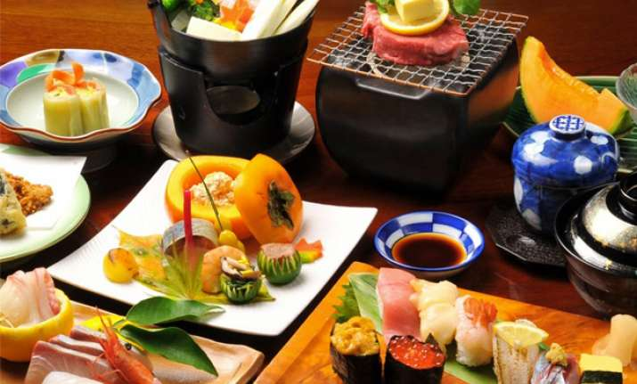 Japanese diet can contribute to a higher life expectancy.