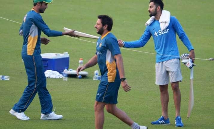 Mohammad Amir and Virat Kohli