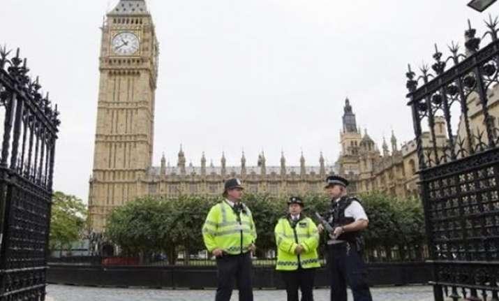 10 terror attacks feared in London