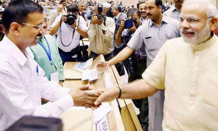 narendra modi arvind kejriwal