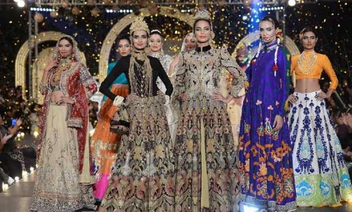Pakistan Fashion Week 2016
