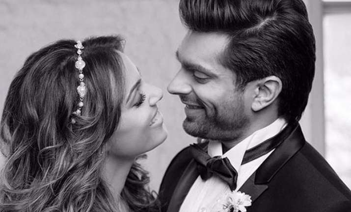 Here's what Bipasha Basu's ex-boyfriend has to say about her wedding!