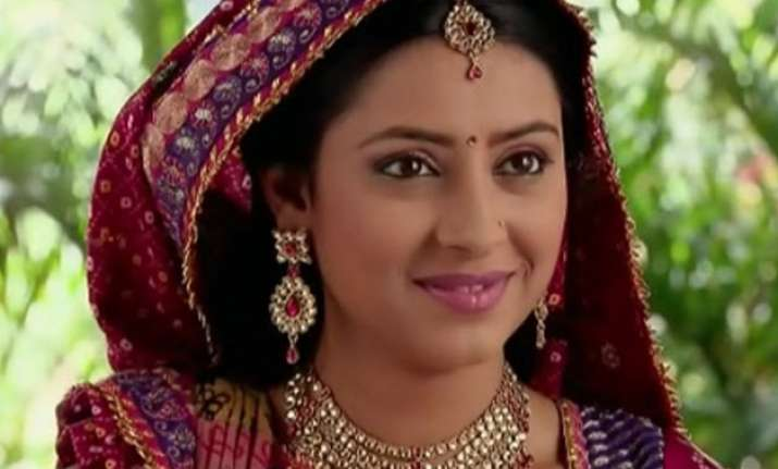 From Small Town Girl To Tv S Bindani 10 Things