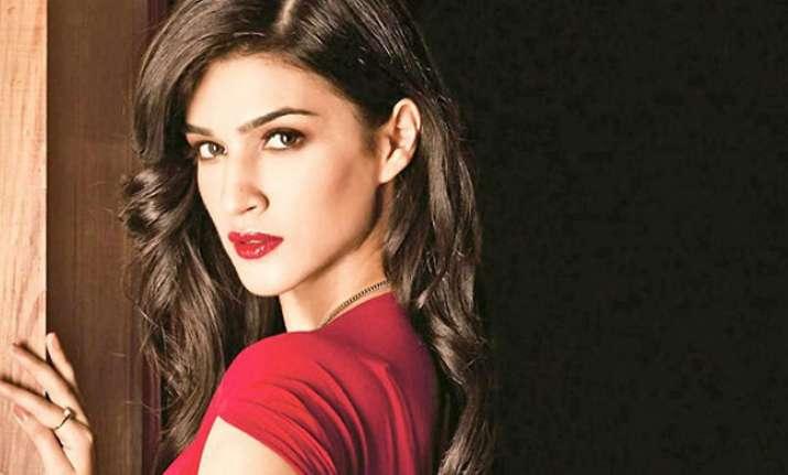 Kriti Sanon starrer 'Bareilly Ki Barfi' to go on the floors