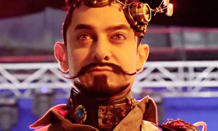 Is this Aamir's new funky look for 'Secret Superstar'?