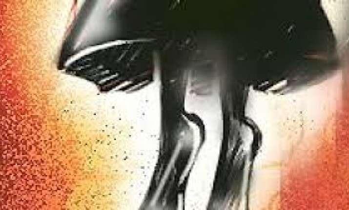 Minor girl kills self after boy uploads obscene pictures of