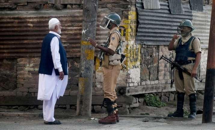 'Jadoo ki Jhappi' to 'calm down' people of South
