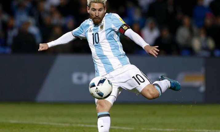 Messi's goal helps Argentina beat Uruguay 1-0