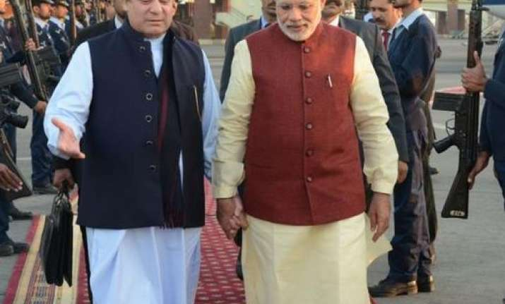 Nawaz Sharif welcoming PM Modi in Pakistan