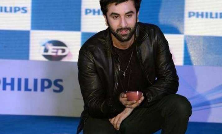 Not Shruti Hassan but Ranbir Kapoor got on the knees for