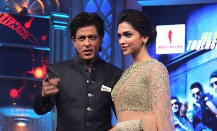 Watch: When Shah Rukh Khan made fun of Deepika Padukone in