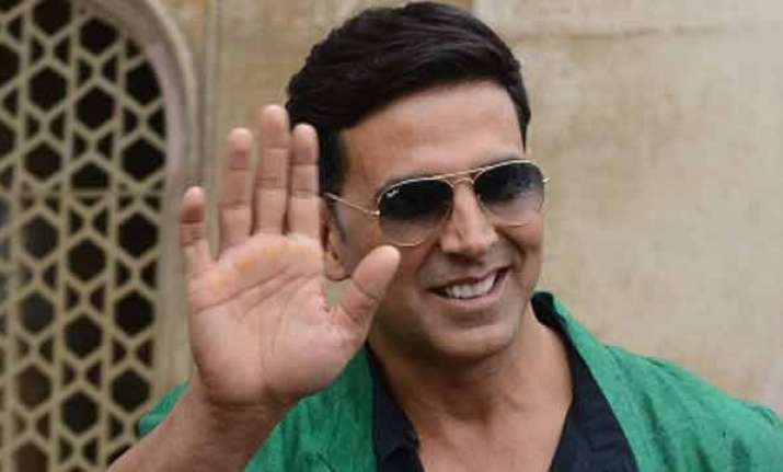 Akshay Kumar helps ailing producer who got him his
