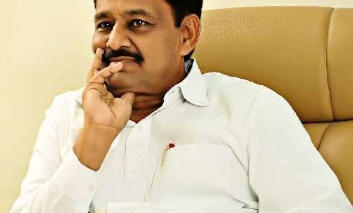 Rs 91 lakh seized from Maharashtra minister Subhash