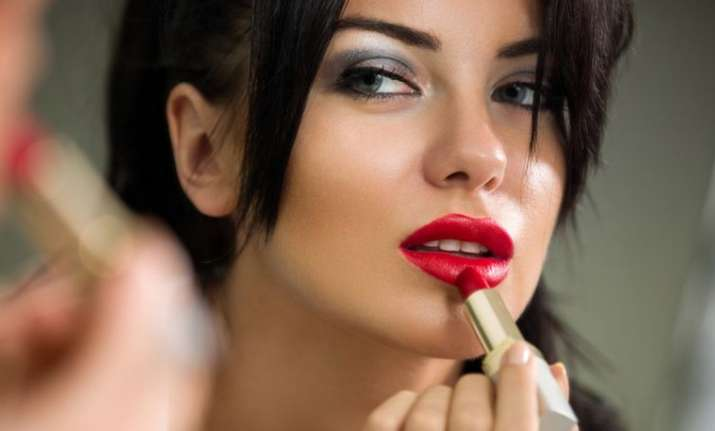 Tips to get the perfect lip colour for your skin tone
