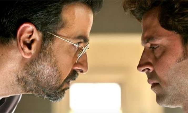 Did you know Hrithik's arch-enemy Ronit Roy was his