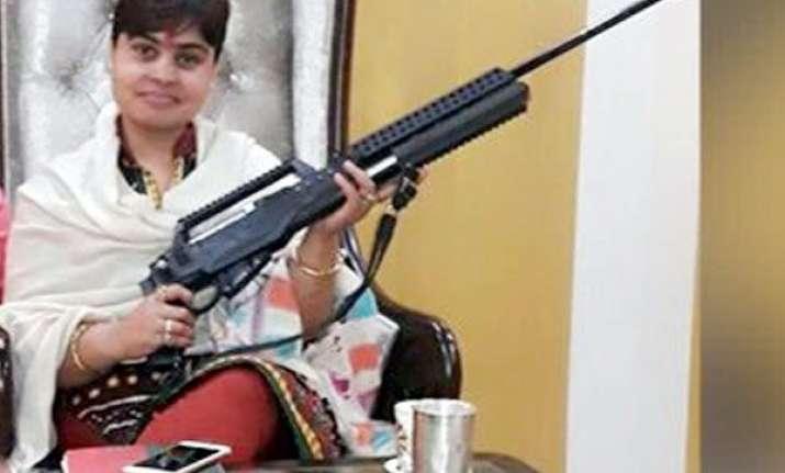 'Godwoman' Sadhvi goes on shooting spree at wedding,
